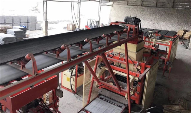 多功能水泥砖机