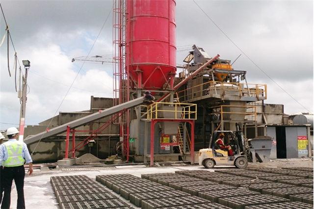 德国建筑垃圾制砖机