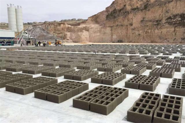 水泥砖生产线